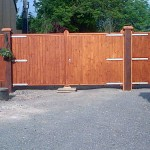Finished driveway gates, side panel and pedestrian gate. The Wooden Workshop Bampton Devon