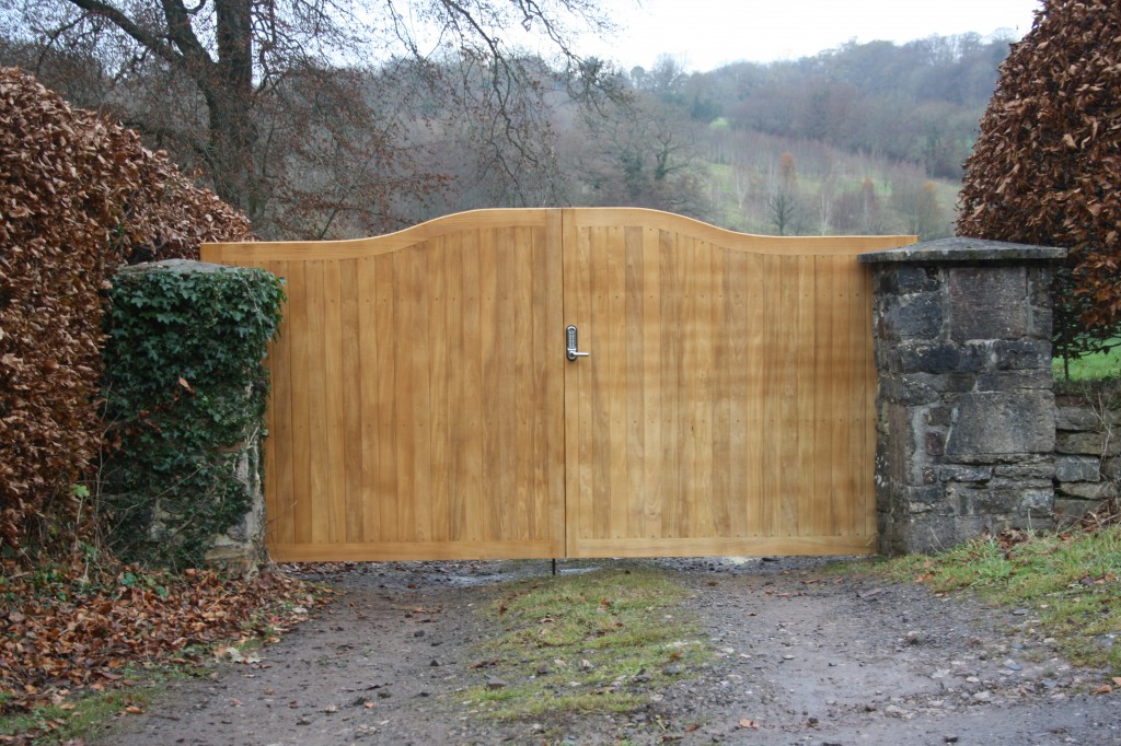 Driveway Entrance Gates The Wooden Workshop Oakford