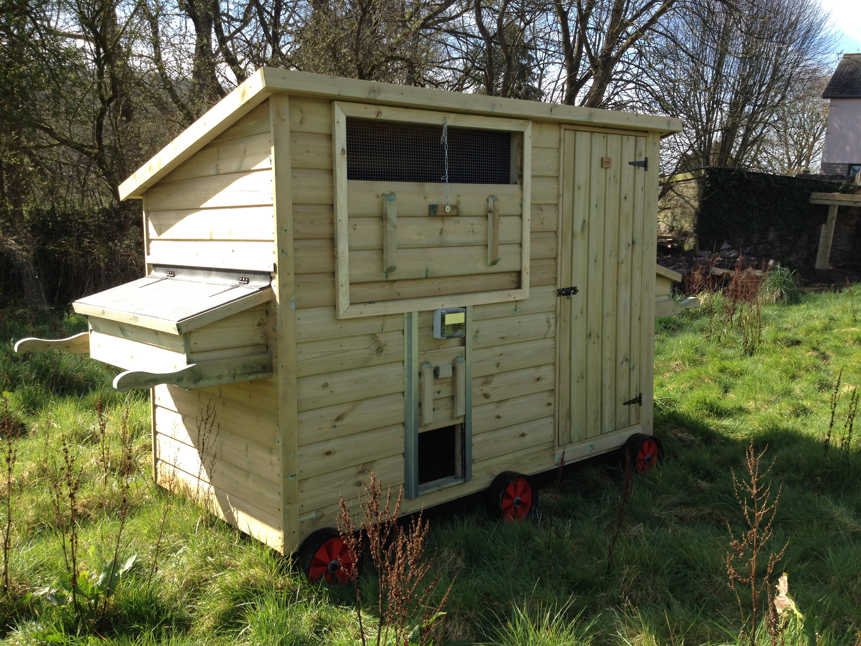 Solar Chicken House With Wheels The Wooden Workshop