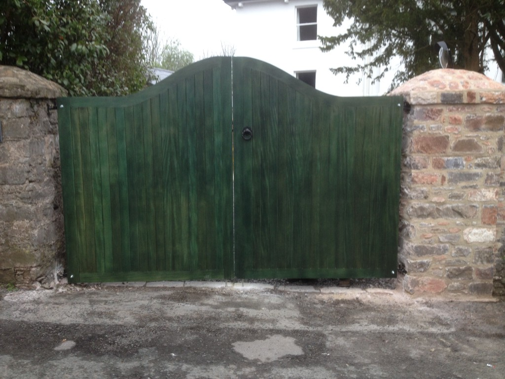 Curved green gates