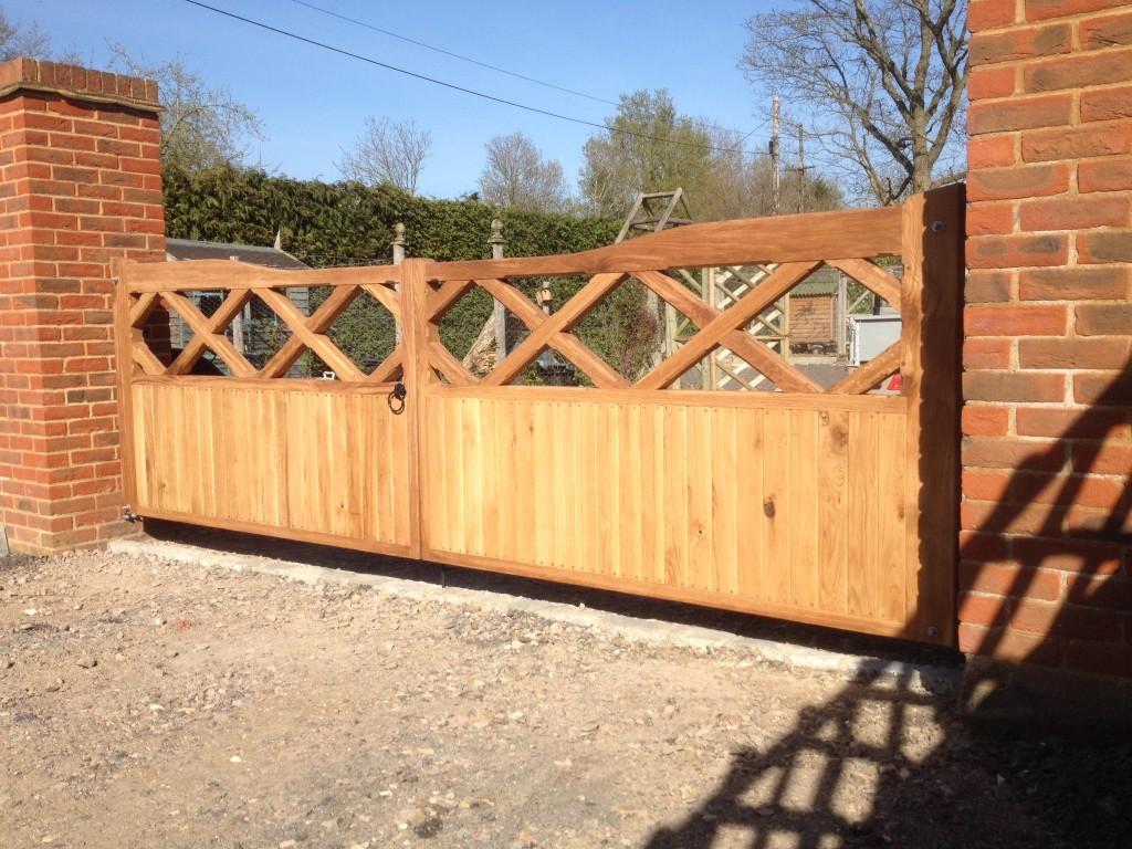 Cross Top Oak Gates The Wooden Workshop Oakford Devon