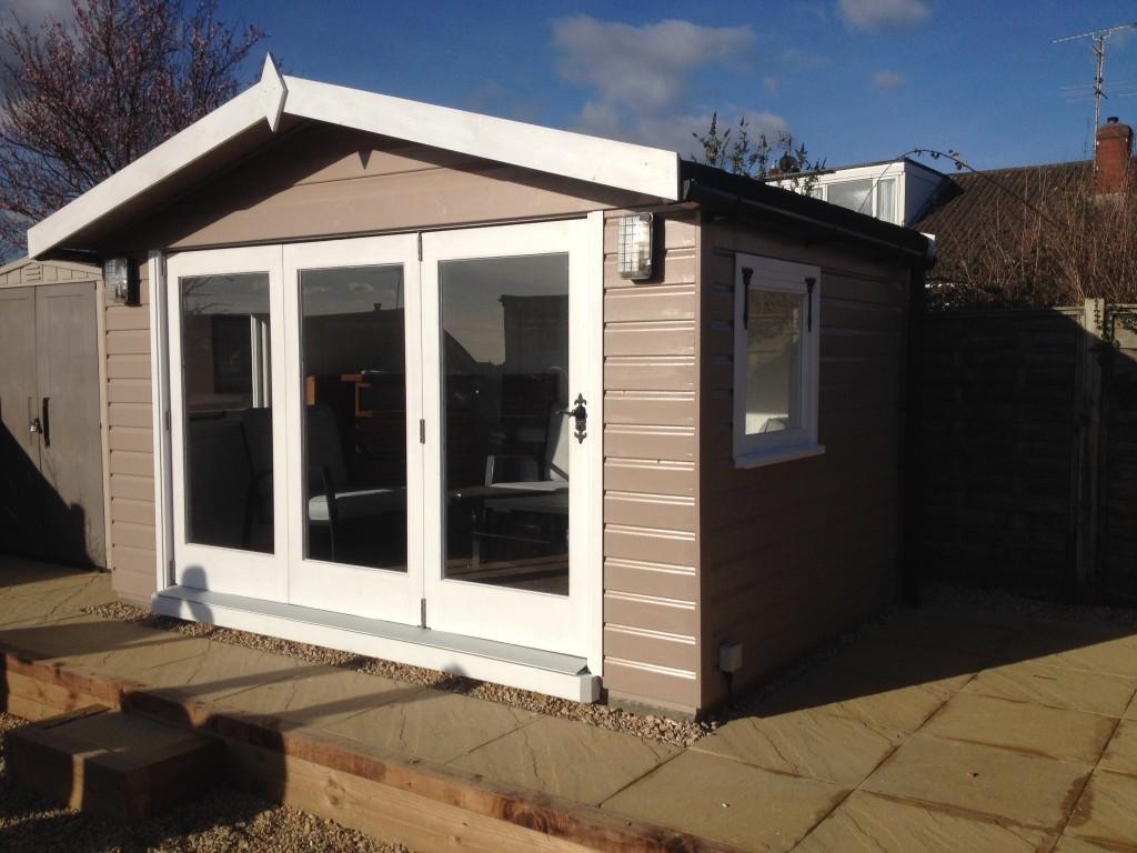 Summerhouse With Bi Fold Doors The Wooden Workshop