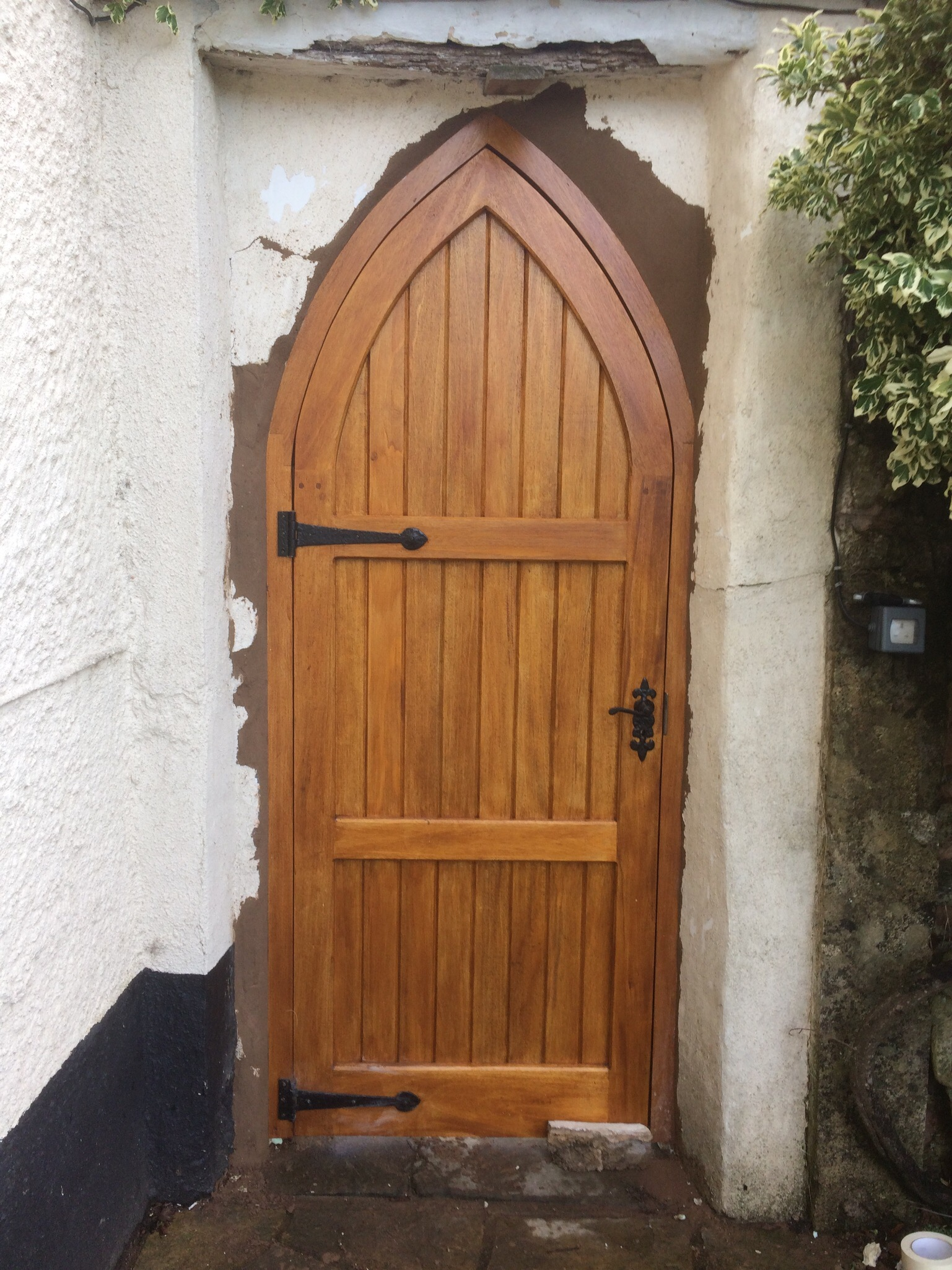 Idigbo Archway Gate The Wooden Workshop Oakford Devon The Wooden